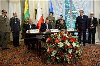 Poland, Lithuania, Ukraine form joint defence force