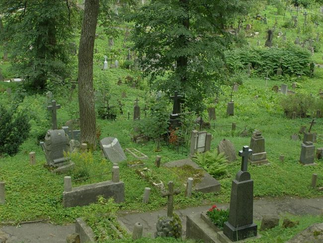 Кладбище Расу (Росса) в Вильнюсе.