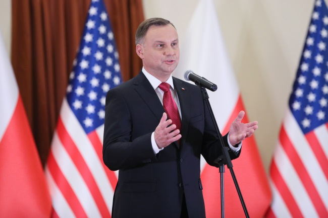 President Andrzej Duda speaks while meeting with members of the Polish American community, in Houston, Texas. Photo: PAP/Leszek Szymański