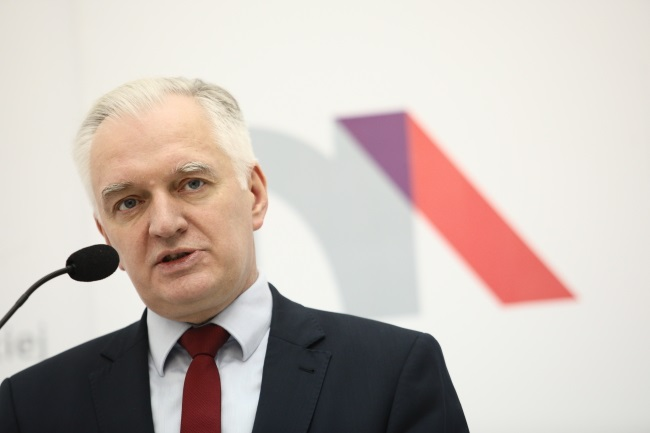 Deputy Prime Minister and Science and Higher Education Minister Jarosław Gowin speaks during a media briefing in Warsaw on Friday. Photo: PAP/Leszek Szymański
