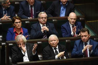 Polish MPs vote to continue work on contested changes to electoral law