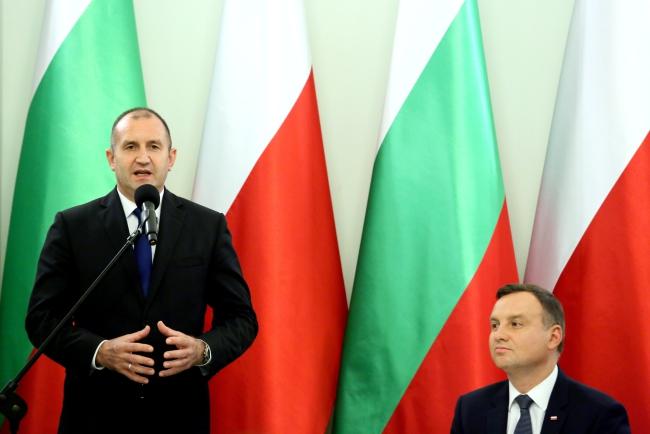 Rumen Radev and Andrzej Duda. Photo: EPA/Leszek Szymański.