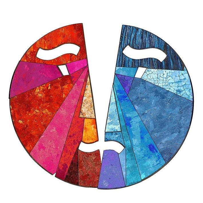 """Эмблема Международного фестиваля украинского театра """"Восток-Запад"""" в Кракове."""