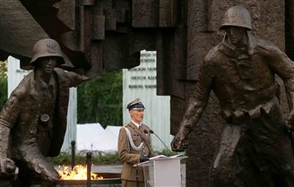 Poland marks 70th anniversary of Warsaw Rising
