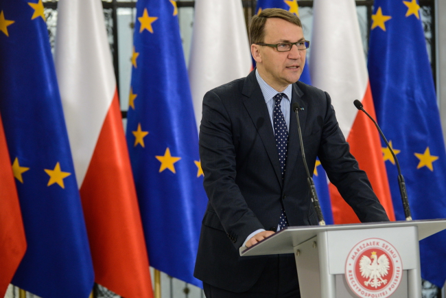 Speaker Radosław Sikorski ahead of a parliamentary session on 13 May 2015. Photo: PAP/Jakub Kamiński