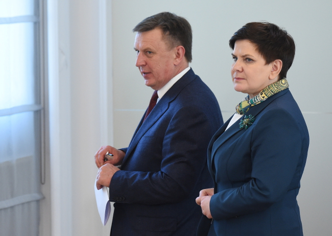 Beata Szydło (right) and Māris Kučinskis. Photo: PAP/Radek Pietruszka