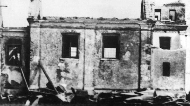 Сплюндрована церква в селі Покрівка (Холщина), 1938 рік.Фотографія публікується з дозволу Григорія Купріяновича