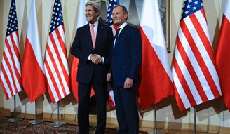 Russian FM Lavrov lashes out at Kerry, Tusk