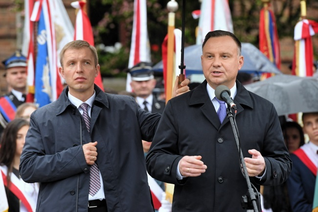 President Andrzej Duda speaks during a meeting with residents in Myślenice, southern Poland, on Wednesday. Photo: PAP/Jacek Bednarczyk