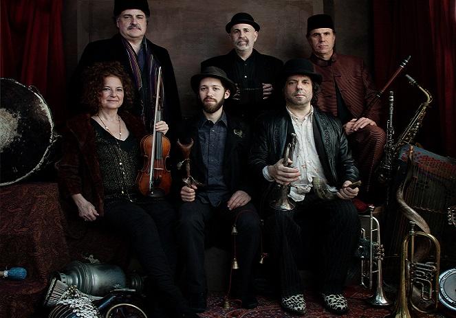 На фестивале выступит группа клезмерских музыкантов из США The Klezmatics