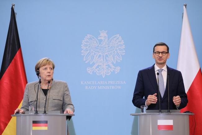 Прем'єр-міністр Матеуш Моравєцький та канцлерка Німеччини Анґели Меркель, Варшава, 2 листопада 2018 року