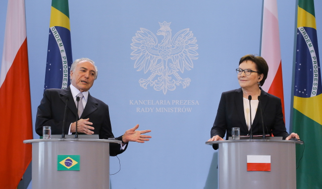 Polish PM Kopacz met deputy Brazilian President Temer on Thursday in Warsaw. Photo: PAP/Paweł Supernak
