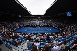 Australian Open: Poland's Rosolska through to 2nd round of women's doubles