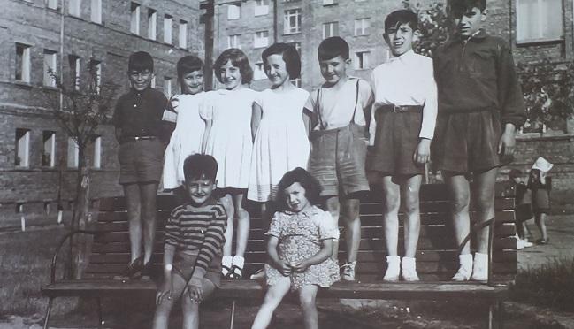 Іспанські діти з мікрорайону Прага-II