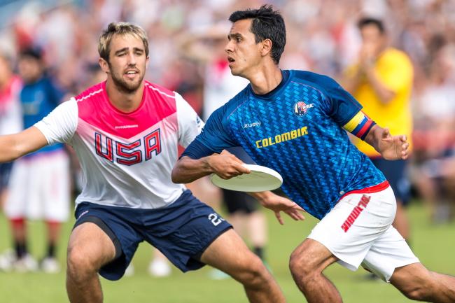 USA and Columbia battle in frisbee match. Photo: PAP/Maciej Kulczyński