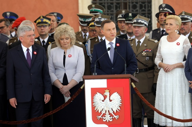 President Andrzej Duda (centre) speaks during state ceremonies in the Polish capital as the nation marks Constitution Day on Thursday. Photo: PAP/Rafał Guz