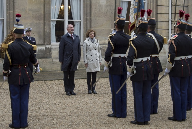 Poland's Macierewicz (left) and France's Parly meet in Paris on Wednesday. Photo: PAP/Defence Ministry Robert Suchy