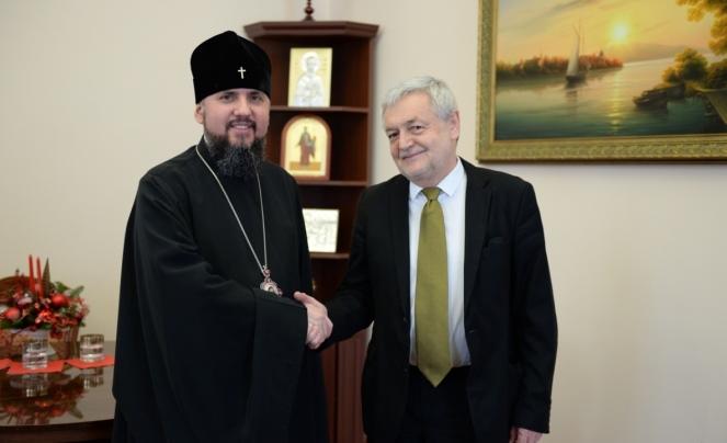 Предстоятель Православної церкви України митрополит Епіфаній та посол Польщі в Україні Ян Пєкло