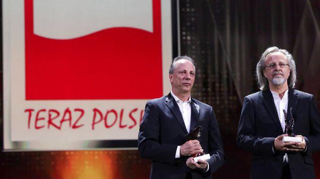 """Laureaci tytułu """"Wybitny Polak"""": Jan A.P. Kaczmarek (P) i Krzysztof Pastor  Foto: PAP/Tomasz Gzell"""