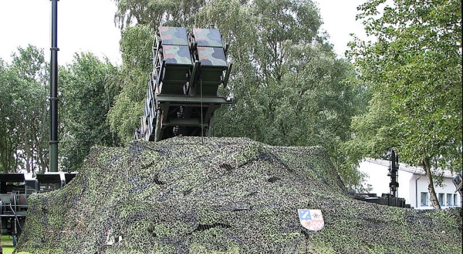 Bateria rakiet Patriot w kamuflażu