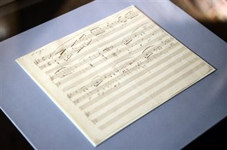 Hand-written Chopin score bought by Warsaw museum
