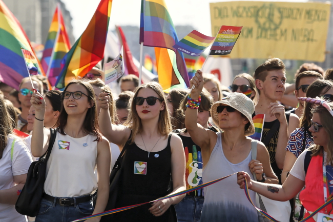 People march in the Equality Parade in Warsaw. Photo: PAP/Adam Guz.