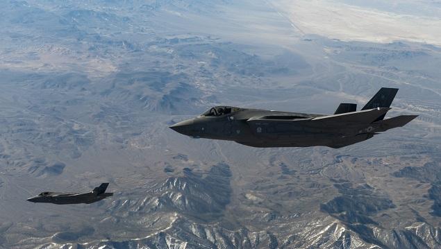 Два F-35A