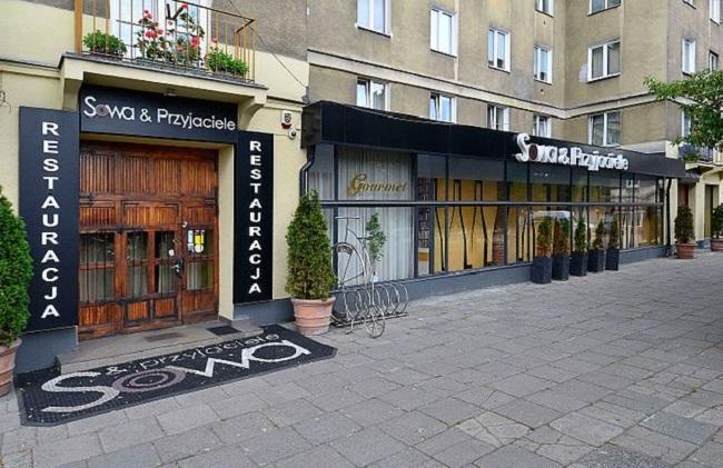 Warsaw's Sowa & Przyjaciele restaurant. Photo: Wikimedia Commons/Adrian Grycuk (CC BY-SA 3.0)