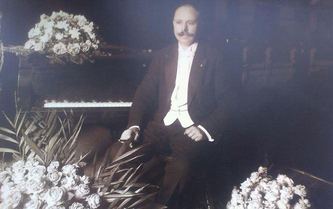 Олександр Кошиць після виступу у Мексиці