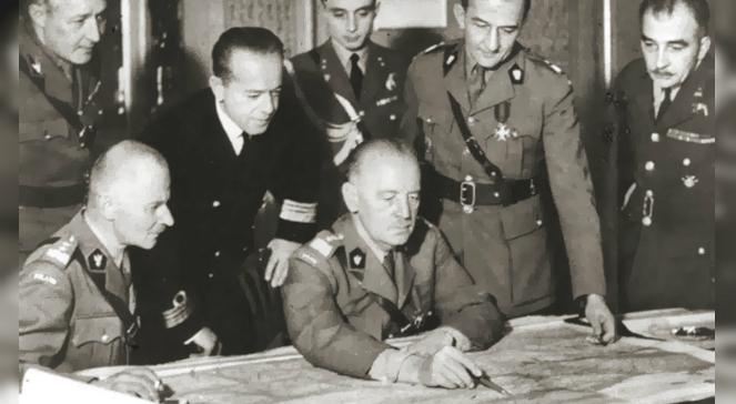 Generałowie: Marian Kukiel, Władysław Sikorski, Tadeusz Klimecki i Stanisław Ujejski w 1942 r.