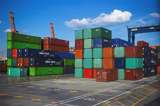 Polish Baltic ports overtake Russia as business rebounds: report