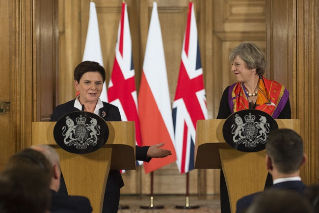 UK PM Theresa May (R) during a recent meeting with her Polish counterpart Beata Szydło. Photo: Flickr.com/Number 10