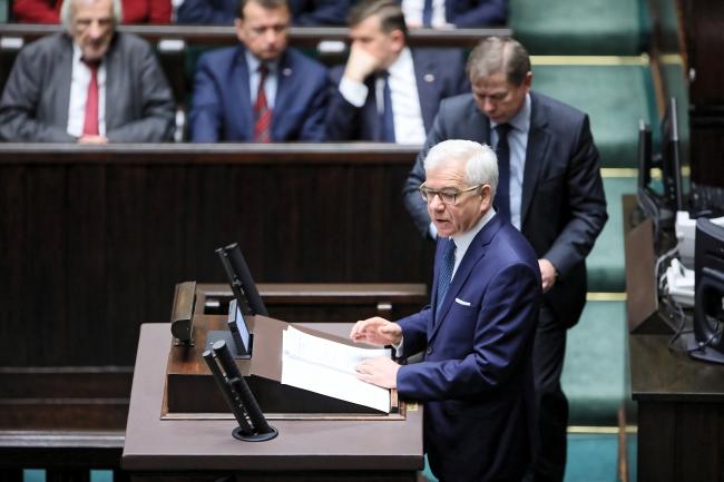 Министр иностранных дел Польши Яцек Чапутович представляет в Сейме приоритеты польской внешней политики.