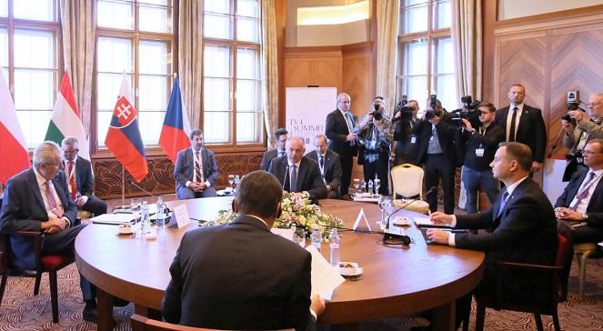 На саммите Вышеградской группы в Словакии.