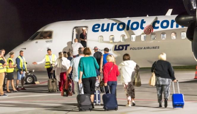 Бидгощ. Авіарейси Бидгощ-Львів відбуватимуться двічі на тиждень, в понеділок і п'ятницю.