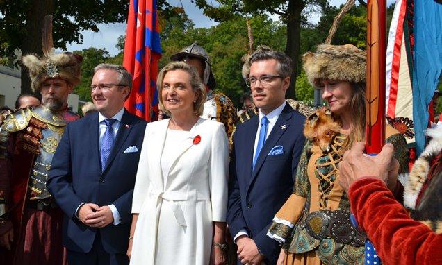 Senator Anna Maria Anders, Minister Krzysztof Szczerski, szef gabinetu Prezydenta RP i Rafał Sobczak, dyrektor Instytutu Polskiego w Wiedniu
