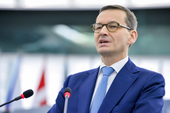 Mateusz Morawiecki addresses European Parliament. Photo: EPA/MARC DOSSMANN