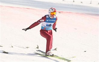 OFFSIDE :: Ski jumping season opens without Stoch