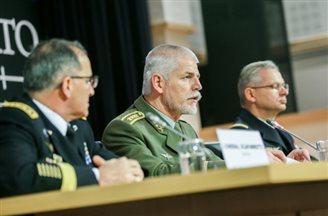 Страны НАТО утвердили план реформ структуры командования