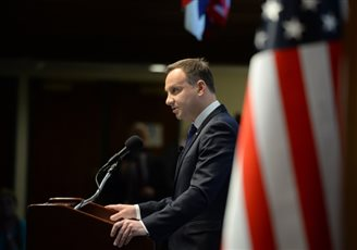 BALANCE ::  Polish president talks business in the US
