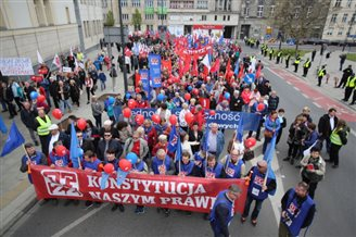 Marches in Poland mark 1 May celebrations