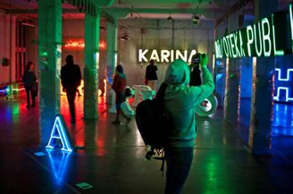 Neon exhibition opens in Poznań