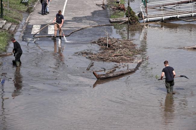 25 мая 2019 г. Подтопленный бульвар над Вислой в Кракове