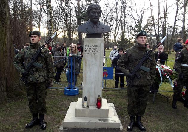 Bust of Colonel Ryszard Kukliński. Photo: Flickr.com/Piotr Drabik