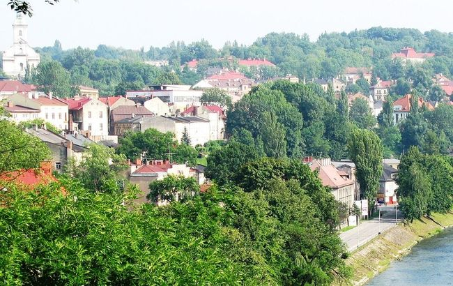 Cieszyn, a town that bestrides the Czech-Polish border. Photo: wikimedia commons/scotch mist