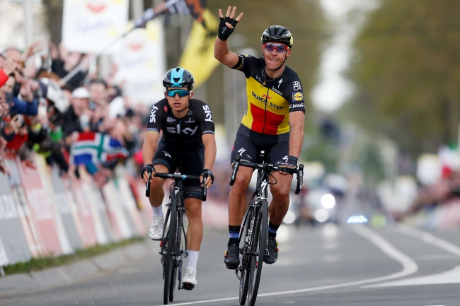 Belgium's Philippe Gilbert and Poland's Michal Kwiatkowski. Photo: EPA/Bas Czerwinski.