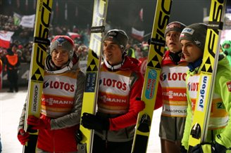 Poland 2nd in team event at ski jump World Cup