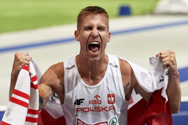 Poland's Marcin Lewandowski celebrates after placing second in the men's 1,500 m final at the 2018 European Athletics Championships in Berlin on Friday. Photo: PAP/Adam Warżawa