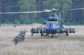 NATO exercise puts Polish commandos to the test