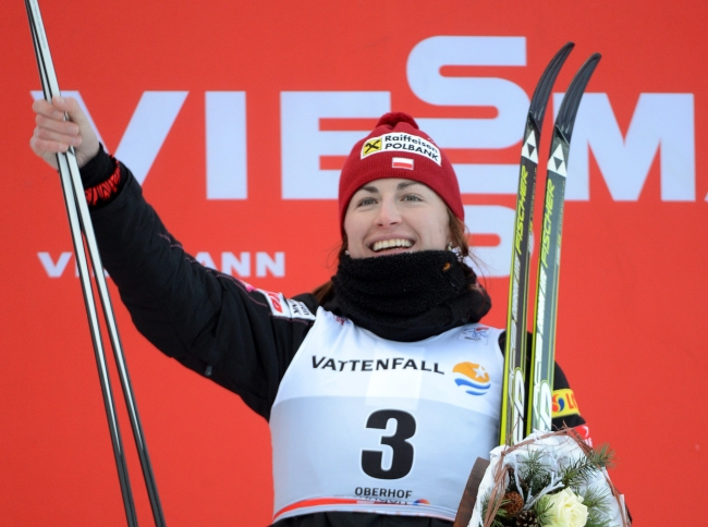 Polish cross-country skier Justyna Kowalczyk wins the 10 km pursuit race at the Tour de Ski in Oberhof, Germany, 30 December 2012. EPA/Hendrik Schmidt Dostawca: PAP/EPA.